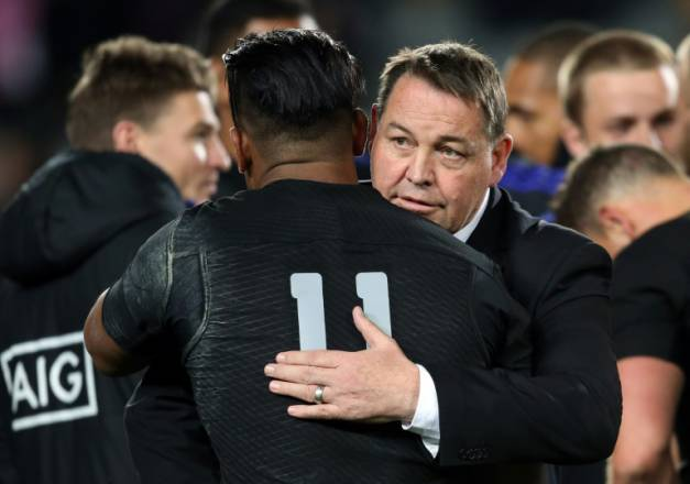 all-blacks-steve-hansen-julian-savea